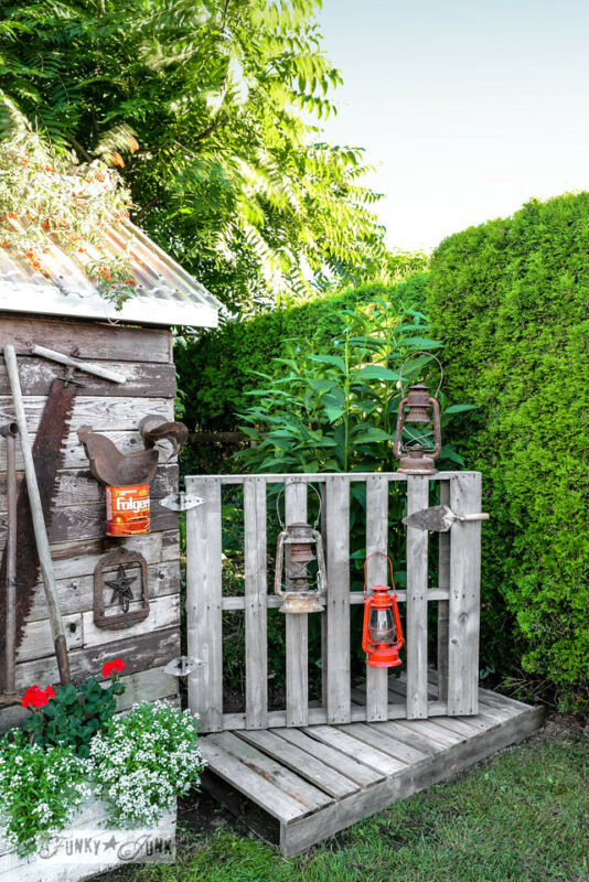 3. Pallet wood gate and boardwalk / 10 garden junk art ideas to jazz up your yard! By Funky Junk Interiors for ebay.com