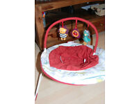 Mamas and Papas baby bouncer in great condition with toys attached