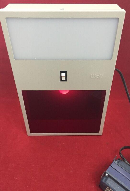 WOLF X-Ray Radiographic Illuminator Box Safelight Darkroom Photographic