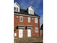 3 bed Townhouse ** Available Now **