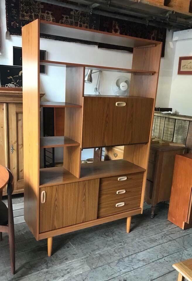 Retro Mid Century Room Divider Shelves Unit in Crystal