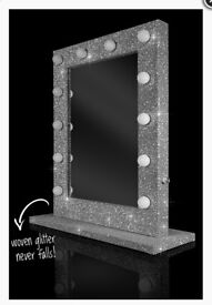 NEW NO BOX - Gorgeous glitter Hollywood light up mirror rrp £249