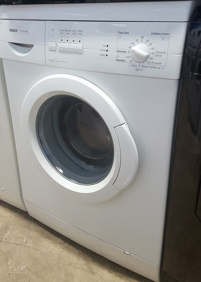 q346 white bosch 6kg 1200spin washing machine comes with warranty can be delivered or collected