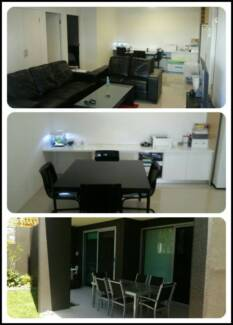 Looking for 2 girls or a couple for a master room Kelvin Grove Brisbane North West Preview