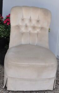 Vintage cream occasional chair.