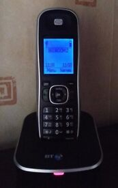 2 CORDLESS HOUSE PHONES WITH ANSWERING MACHINE