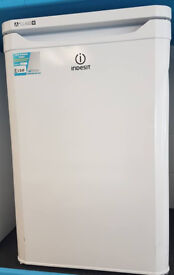 G516 GRADED white indesit A* undercounter fridge comes with warranty can be delivered or collected