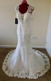 Ivory Wedding Gown size 10 *Brand New*