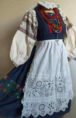SALE!Ukrainian national embroidered suit,vintage,1920-1940,S-M,Chernihiv,Ukraine