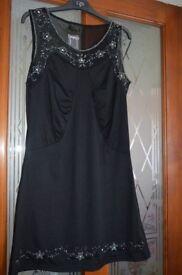 Size m/l dress bnwt £4