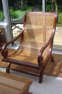 Chaise classique de Bali en teck
