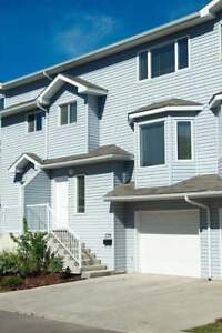 Lakewood Townhomes - 2 bedroom Townhome for Rent