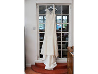 White Rose wedding dress (will need dry cleaning) size 10/12