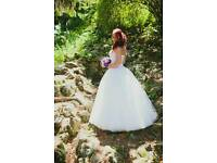 Very nice wedding dress for sale