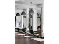 £495 : 1 Chair to rent in Luxury Brand New Salon