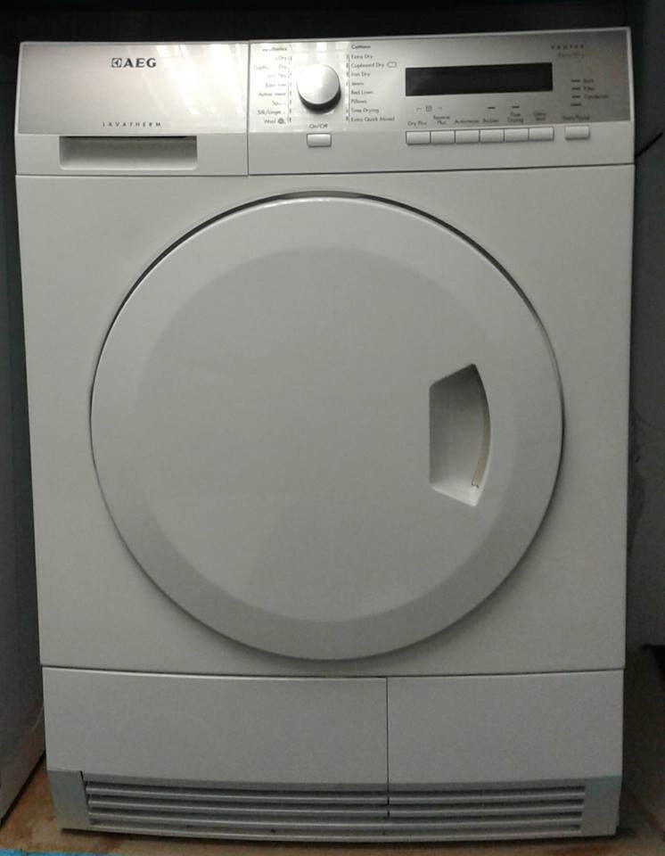D159 white aeg 8kg A+ rated heat pump condenser dryer comes with warranty can be delivered