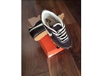 Men's size UK6 Nike trainers