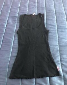 New grab black top size small