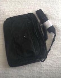 Brand new Targus Laptop / documents bag