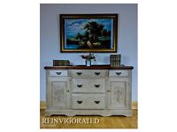 BEAUTIFUL SOLID WOOD SIDEBOARD ANNIE SLOAN, SHABBY CHIC