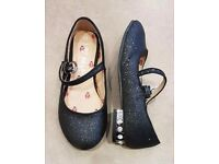 3 Pairs Of Girls Shoes - Size 11