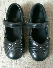 Girls school shoes - Clark's