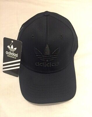 Adidas  Baseball Cap Unisex Hat Full black  Adjustable .free delivery .on sale