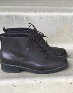 Croft & Barrow brown leather boots!!
