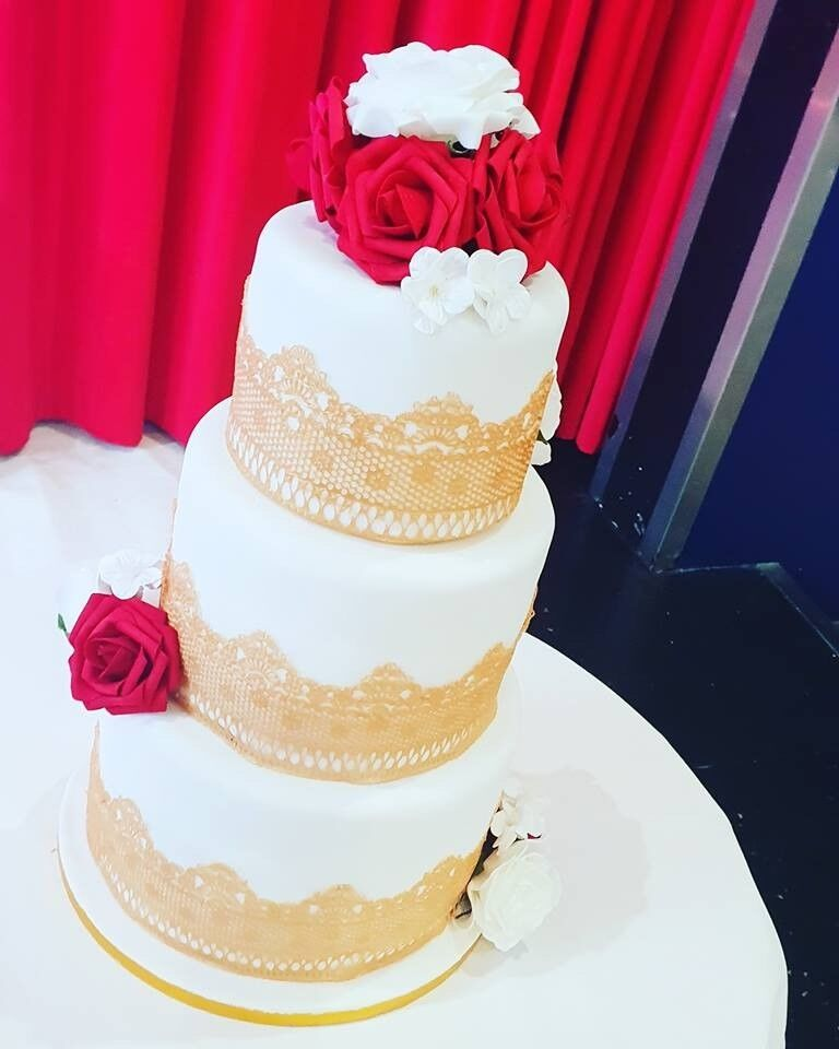 Wedding Cake Accepting For 2019