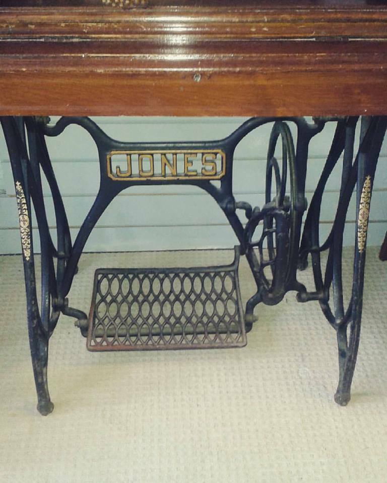 Vintage Cast Iron Jones Sewing Machine Treadle Base And Wooden Table Cool Sewing Machine Treadle Base