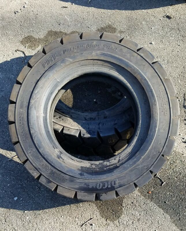 29x8x15 12 Ply USA Dico Premium Wide Trac Pneumatic Forklift Tire Set of 2 -NEW