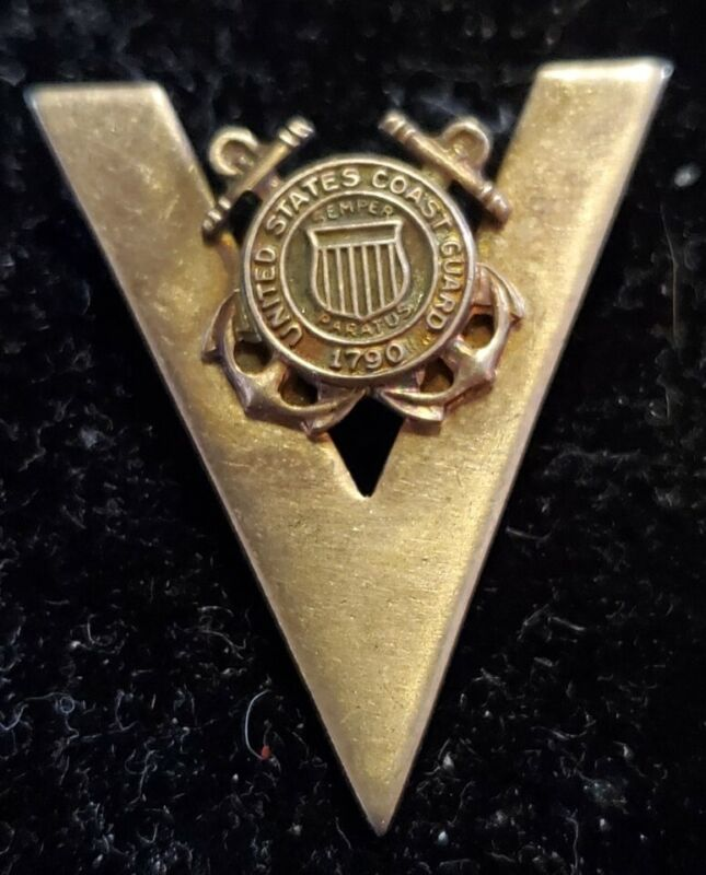 """RARE WWII U.S. COAST GUARD SEAL """"V"""" FOR VICTORY BROOCH PIN STERLING SWEETHEART"""
