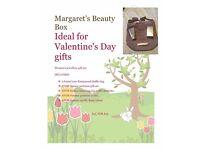 Handbag and perfume gift set