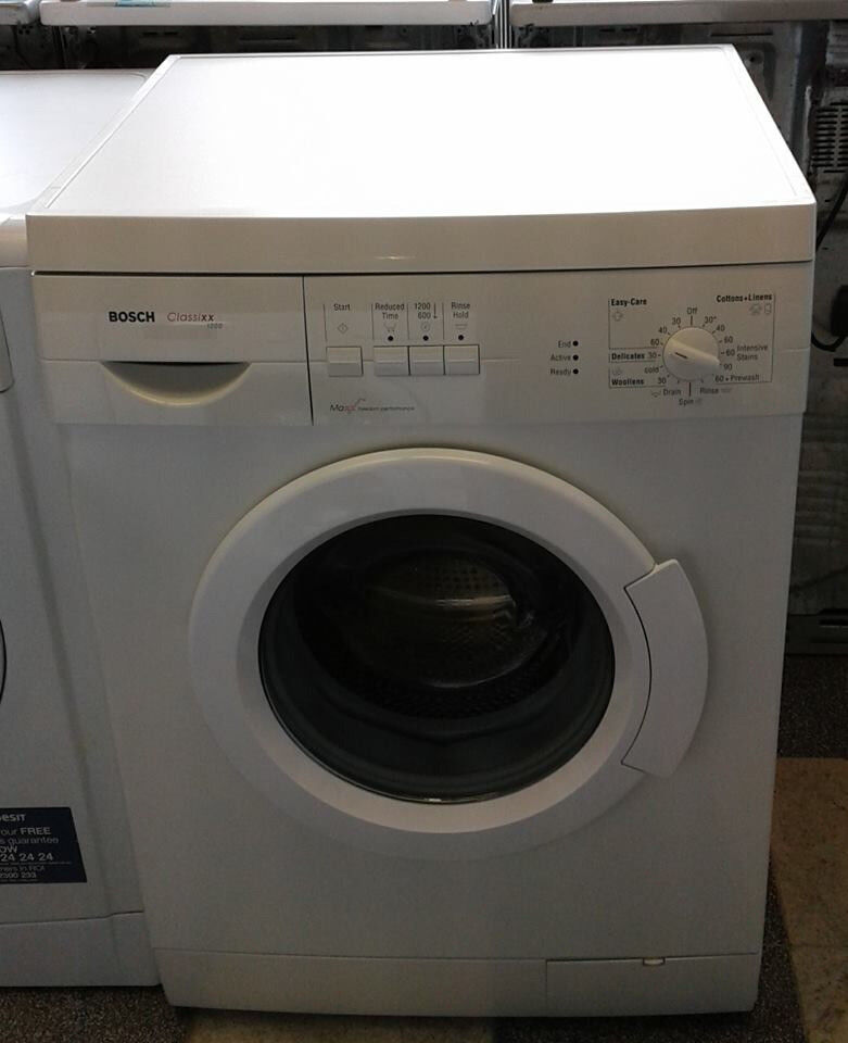 G142 white bosch 6kg 1200spin washing machine comes with warranty can be delivered or collected