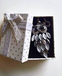 new Pretty  necklace for Ladies Hobart CBD Hobart City Preview
