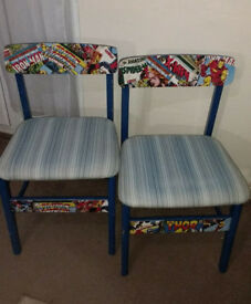 2 X BLUE CHAIRS DECOUPAGED IN MARVEL DESIGN – SOME WEAR & TEAR W45 X D44 X H77CM (44CM FLOOR TO SEAT