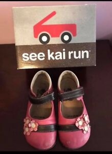 See Kai Run size 8 girls all leather shoes