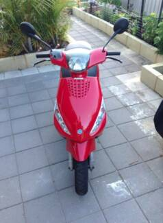 Piaggio Moped - new battery, tyres, brakes,horn and mirrors! Singleton Singleton Area Preview