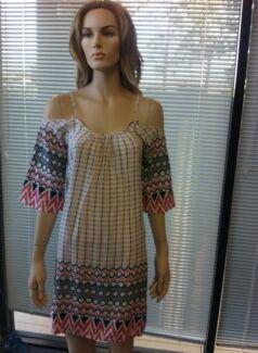 Women's clothing sold in bulk