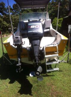 Ski fishing boat  Elimbah Caboolture Area Preview