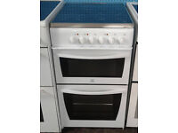 *731 white indesit 50cm ceramic electric cooker comes with warranty can be delivered or collected