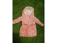 Girl's dressing gown (new without tags) 18 to 24 months