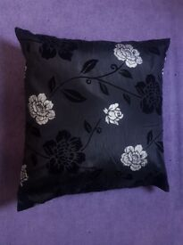 Big Cushion - Floral Pattern