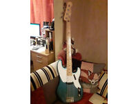 Squier Classic Vibe Precision 50's Bass Guitar Lake Placid Blue Maple Neck