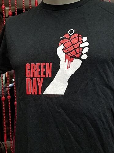 Vintage Green Day 2005 American Idiot Tour Band Tee T-Shirt Size Medium Rare