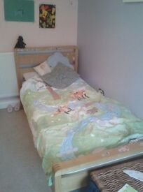 Single bed without matress