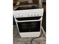 Indesit Ceramic Hob Cooker 60cm