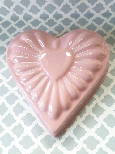 Chantal Ceramic Pink Heart Shape # 93-HM17 Baking Dish