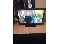 """toshiba 32"""" lcd tv with stand and remote"""