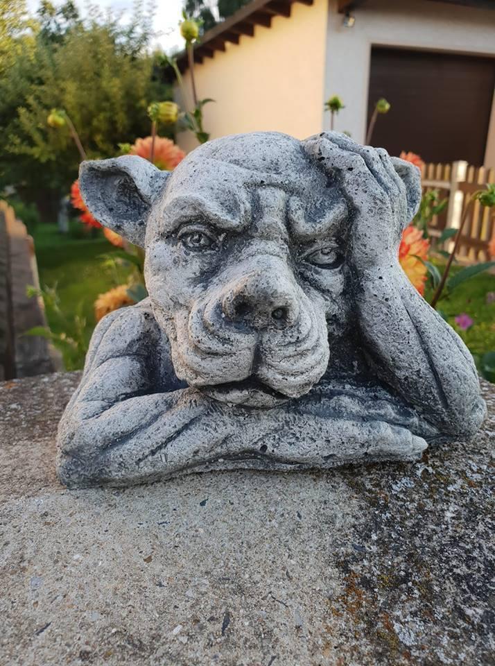 Steinfigur Gargoyle  Hund Frostfest Garten Deko Steinguss Gargoyle groß gross